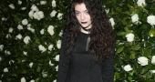 Lorde gives her views on social media