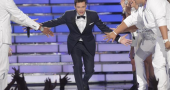 Ryan Seacrest and girlfriend Shayna Terese Taylor enjoy romantic holiday together