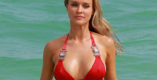 Joanna Krupa sizzles in bikini while standing up for animals & ALS